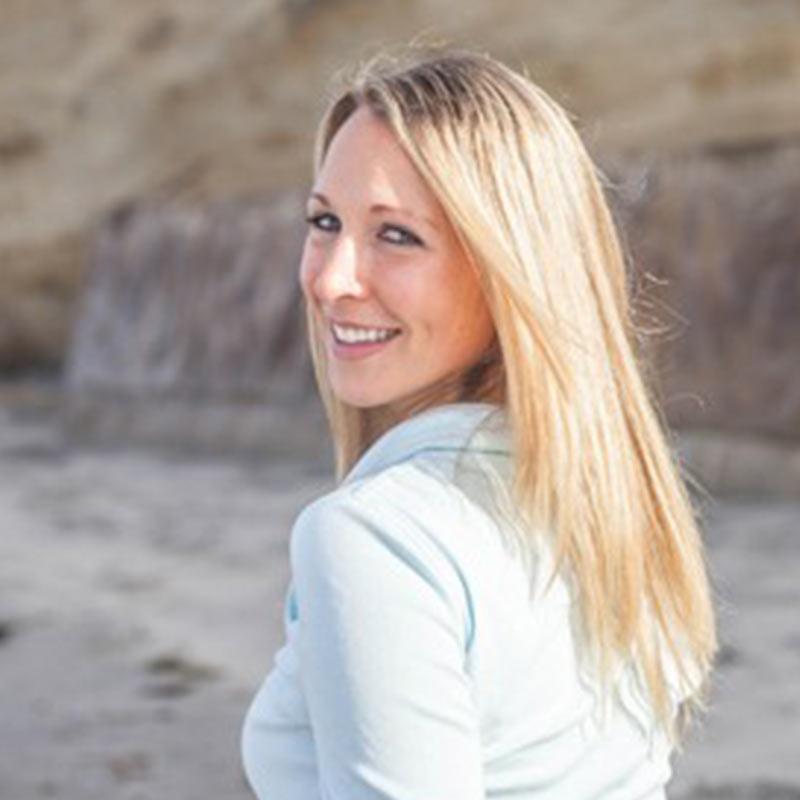 Stephanie Greunke